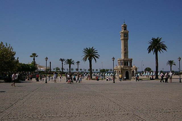 Plein aan de zee in Izmir