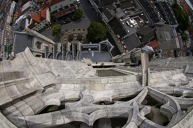 Adembenemend uitzicht op de zijkant van de kerk