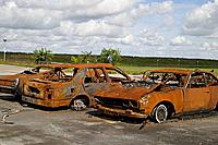 Uitgebrande autowrakken