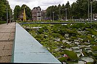 Stationsplein van Voorburg met fontein
