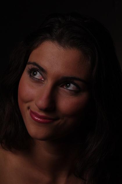 Sara, gekiekt met 70mm portretlens