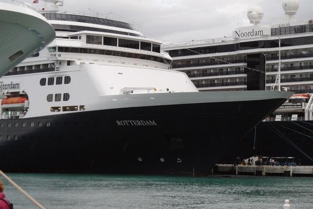 MS Rotterdam en MS Noordam